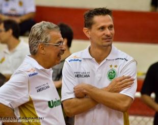 Ant�nio carlos vendramini � eleito o melhor t�cnico do campeonato paulista feminino 2013