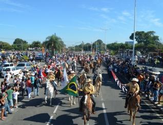 Desfile de Cavaleiros, evento que abre as atividades das Festa do Pe�o de Americana, acontece neste domingo